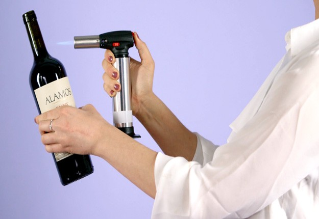 how to use a corkscrew youtube