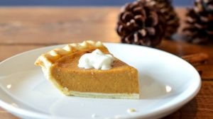 baked pie with topping on white ceramic plate-pumpkin recipes-px-feature