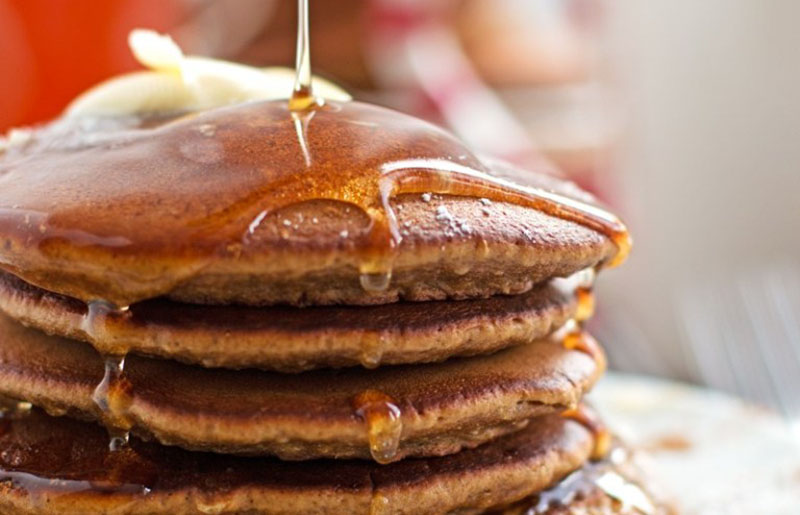 gingerbread pancakes recipe holiday christmas | traditional christmas breakfast
