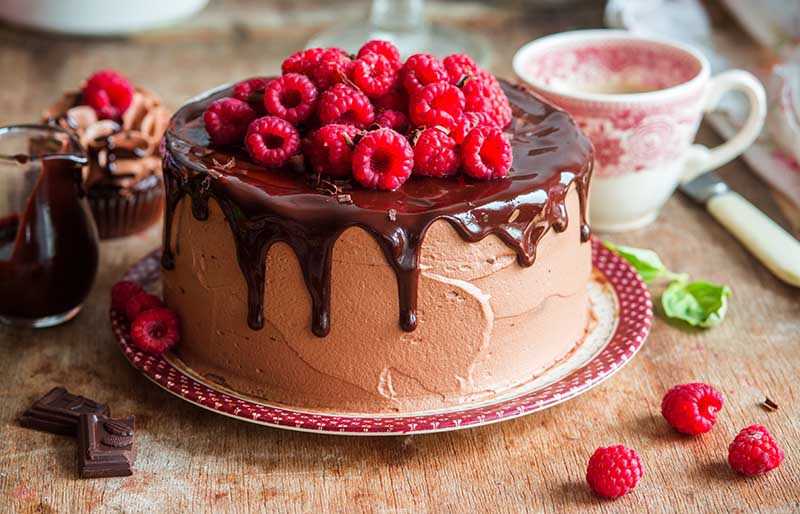 chocolate raspberry cake whipped cream filling | winter cake flavors