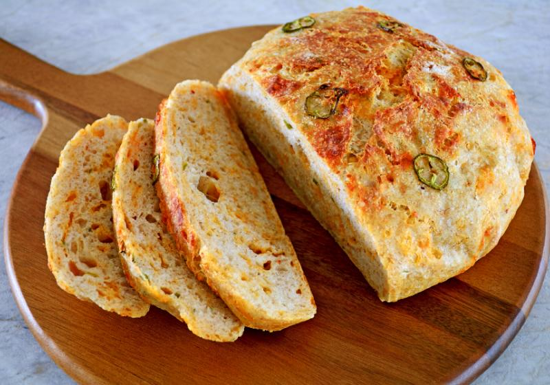 rustic homemade bread jalapeno peppers cheddar | simple quick bread recipe