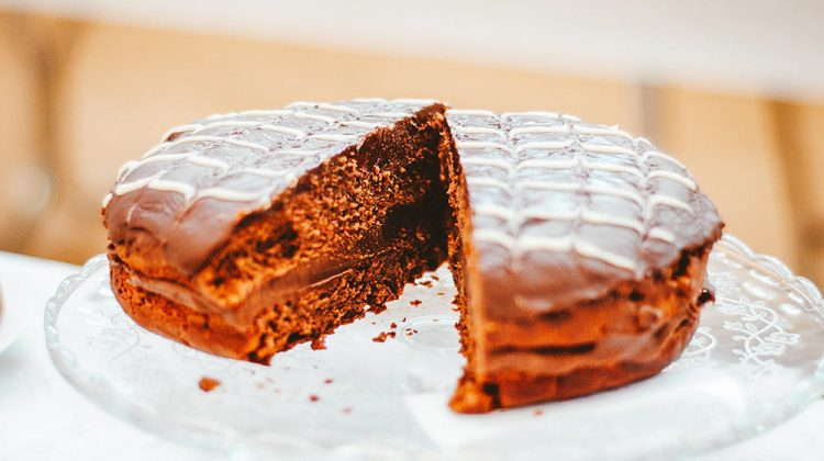 Chocolate Cake | Delectable Chocolate Olive Oil Cake Recipe To Satisfy Your Sweet Tooth | Featured